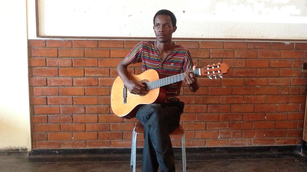 Munya the Guitarist